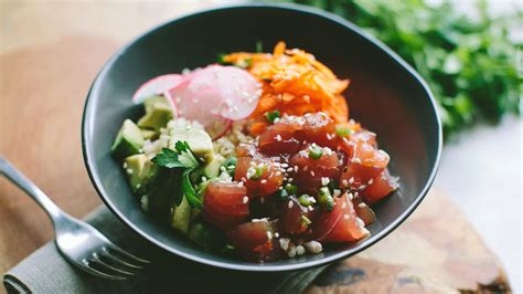 The 6 Authentic Poke Bowl Recipes to Add to Your Cooking
